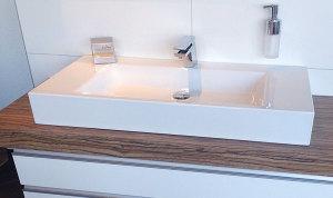 Badalli 5 - Sanitär - Heizung - Solar: baut Ihnen schnell und kostengünstig einen neuen Waschtisch für Ihr Badezimmer ein